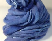 Cornflower Blue Thick and Thin Yarn, Chunky Handspun Yarn, Thick and Thin Handspun Yarn, Merino Wool Yarn, Bulky Yarn