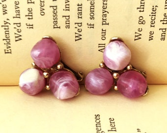 Purple Chunky Earrings, Kramer Earrings, Marbled Purple Beads Lavender Earrings, Purple and Gold Plastic Earrings, Purple and White Earrings