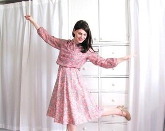 ON SALE Pink Boho Dress / 70s Floral Boho Dress