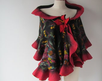 Black Felted scarf,  Floral felt scarf,  warm winter scarf, Wool  Floral wool stole , Red flower, Folk women felt shawl by Galafilc