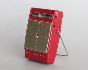 vintage radio  -  Channel Master - groovy