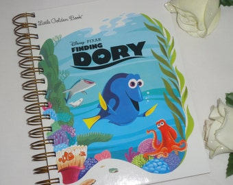 2016 - 2017 Academic Calendar / Planner Little Golden Disney / Pixar Finding Dory  Agenda / Diary / Journal