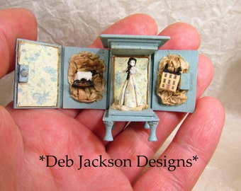 From *DJD* French presentation doll inspired,very tiny doll and her accessories.