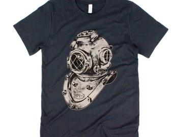 Vintage Inspired Scuba Diver Helmet Charcoal Tee Shirt