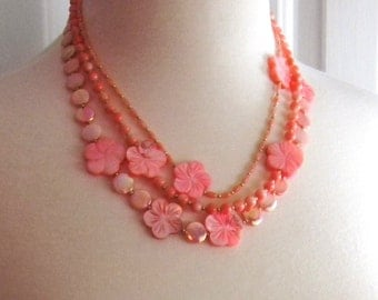 Peach Mother of pearl Coral Flower necklace Orange Necklace Tangerine Necklace Spring Fashion Womens Fashion Jewelry