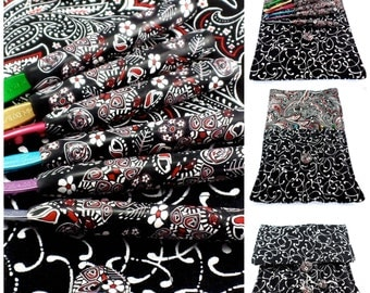 Crochet Hook Case with Set of Susan Bates Crochet Hooks, Handmade with Polymer Clay, Black and White Paisley Design