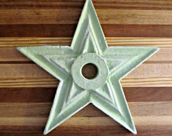 DESTASH - Distressed Green Painted Wood Star - Rustic Home Decor