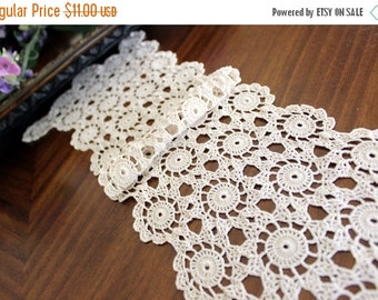 Crocheted Table Runner or Scarf in Medium Ecru, Vintage Crochet Linens 13428