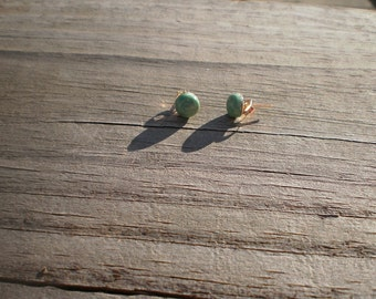 Green Kingman Mine Turquoise Cabochon Earrings 6mm...Gold-Filled