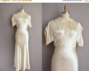 25% off SHOP SALE... 30s deco ivory satin vintage wedding dress / vintage 1930s wedding dress