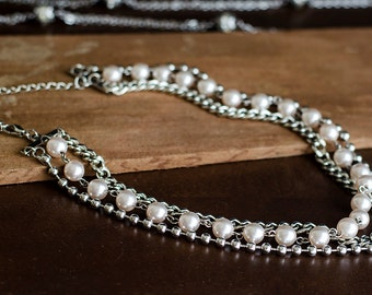Three Strand Pearl and Chain Necklace