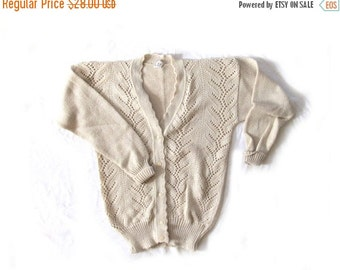 50% OFF SALE vintage sweater cardigan pointelle 70s womnes clothing oatmeal beige 1970s size small s