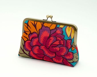 Floral linen  clutch, Liberty of London print, Bag Noir, Bridesmaid clutch, Weddings bride formal clutch purse