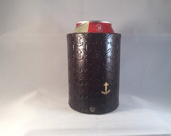 Anchor embossed leather cozie with gold