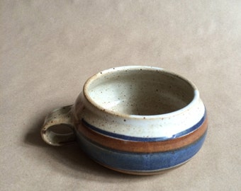 1WEEKEND SALE ! 984 vintage clay soup bowl / dish / pottery / glazed bowl