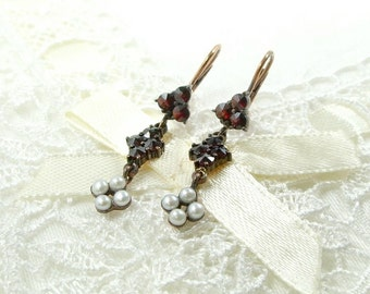 Cute Bohemian garnet earrings with seed pearls || ГРАНАТ
