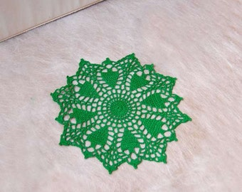 Woodland Forest Trees Green Doily, Crochet Lace, Country Cottage Home Decor, New, Christmas Decoration