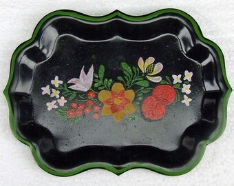 """Vintage Hand Painted Toleware 6"""" Long Tole Ware Tray Black Red Yellow Folk Art Paint ATCTTEAM TNTEAM"""