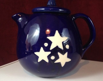 TEAPOT Cobalt Blue with White Stars and Dots High Gloss Stunning with Unique Spout Placement