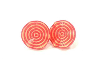 Coral vintage button stud earrings