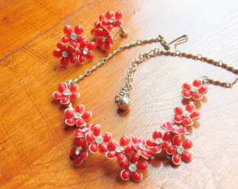 RED 1950s Necklace / Earring Set vintage THERMOPLASTIC Lucite