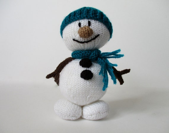 Mr Snowman Christmas toy knitting pattern