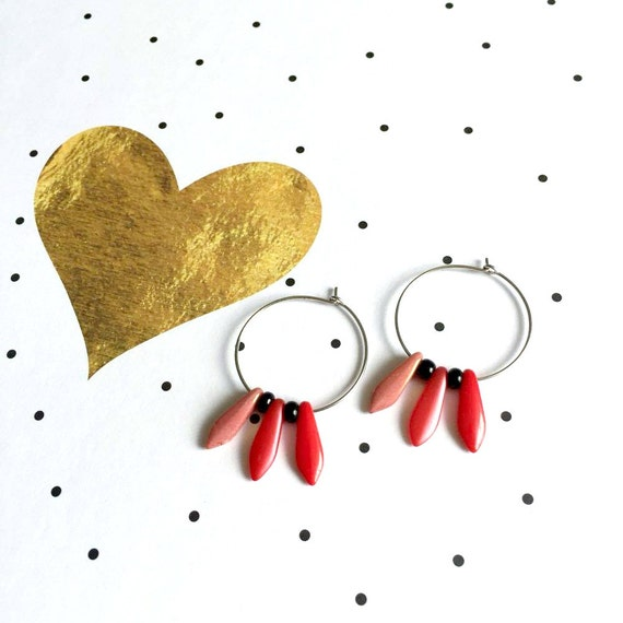 Hoop earring, ear, brass, nickel free, two sizes diameter possibilities, oval, glass bead, red, coral, les perles rares