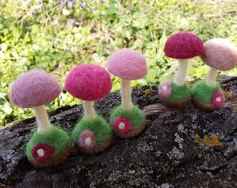 Felted Mushrooms, Needle Felt Mushroom, Waldorf Easter, WoodLand Baby Nursery, Montessori Play, Fairy Party, Woodland Wedding Favor