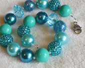 Girls' Teal Blue Peacock Blue Large Gum Ball Beaded Necklace: Photo Prop