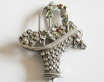 Vintage flower basket brooch. Staybrite brooch.  Vintage jewellery