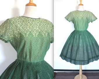 Vintage 1950's Dress // 50s 60s Green Floral Cotton Day Dress with Pleated Skirt // Ombre Dress // Leslie Fay