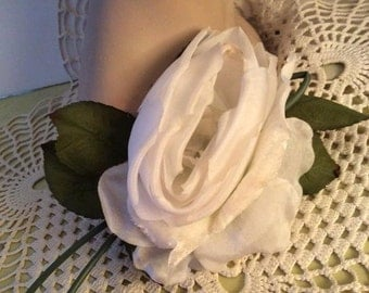 Vintage 1950s 1960s Millinery Hat Flower Corsage White