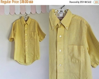 40% OFF back2school SALE vintage 1960s boy's shirt - PINEAPPLE yellow button down / 12/14yr