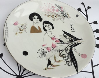 Antique plate with Madeleine and Marie Louise (Toi & Moi) #1660