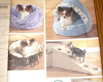 Dog bed pattern, Simplicity, Uncut
