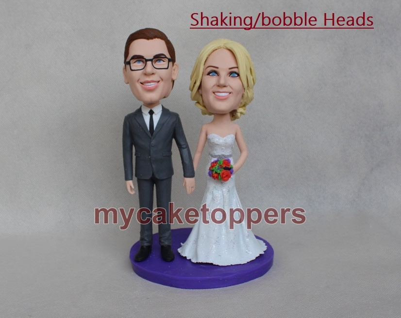 bobbleheads wedding cake toppers moving heads shaking heads. Black Bedroom Furniture Sets. Home Design Ideas