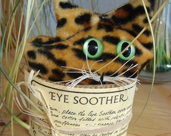 Leopard Eye Soother, Eye Pillow, Gift for Cat lover, lavender aromatherapy