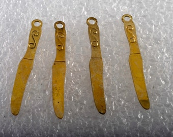 Vintage Set of 4 Butter Knife Brass STamping Pendant Jewelry Making