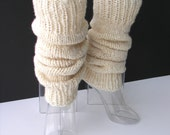 CREAM White Hand Knit Thick SEAMLESS Leg warmers in 100% MERINO Wool  / Chunky Leg warmers / Boots Warmers / Boot Cuffs