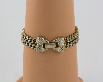 1060s Chain Bracelet Goldette NY, Two heavy Gold Chains, Signature bow shaped clasp, Excellent condition