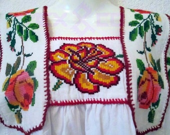 white blouse mexican embroidered