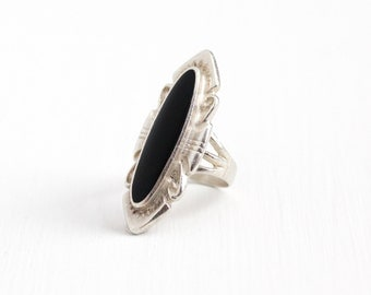 Vintage Sterling Silver Black Onyx Statement Ring - 1970s Size 6 Retro Black Oval Gem Southwestern Large Marquise Shaped Tribal Jewelry