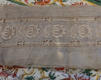 Wide Antique Edwardian Lawn Dress Embroidered Flower Lace Trim Yardage Doll Bear Clothing