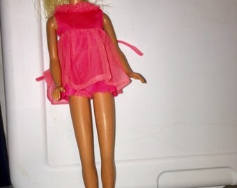 vintage 1960's hippie looking malibu Barbie clothes (clothes only) polyester fluorescent pink nightie and panties