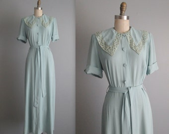 40's Gown  / 1940's Textron Seafoam Rayon Dressing Gown Evening Dress L