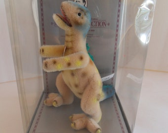 Steiff Tyrannosaur dinosaur mohair all Ids spec./limited edition  1461