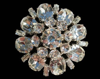 Extremely Sparkly Crystal Rhinestone Domed Vintage Brooch