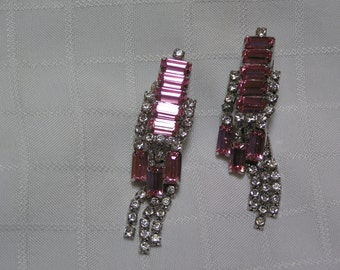 Vintage elegant pink baguettes clear rhinestone dangling chains layered clip earrings