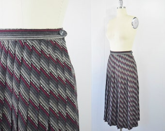Vintage 1950s Pleated Stripes Wool Skirt | Striped Skirt | Knife Pleats | A-line Skirt