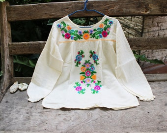 L-XL Long Sleeves Bohemian Embroidered Top - Ivory 2